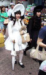 368pxgothic_lolita_takeshita_street